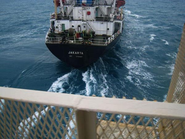 vessel_near_miss_3.jpg